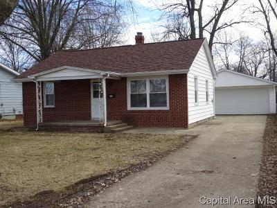 Pawnee Single Family Home For Sale: 812 8th St.