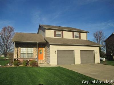 Jacksonville IL Single Family Home For Sale: $225,000