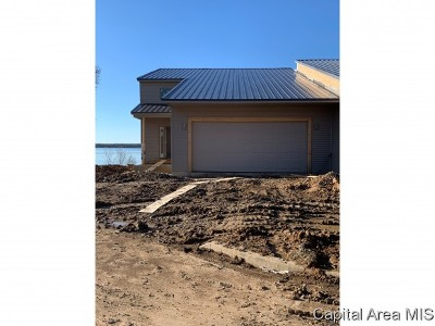 Sangamon County Single Family Home For Sale: 305 Harbor Point Pl