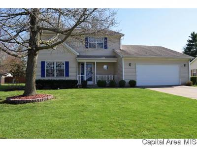 Jacksonville IL Single Family Home For Sale: $197,900