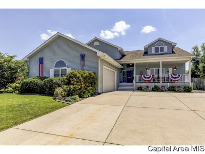 Springfield Single Family Home For Sale: 3620 Chelmsford Ct