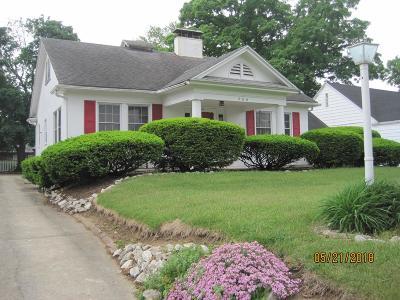 Danville Single Family Home For Sale: 206 E Woodlawn