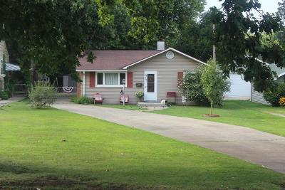 Single Family Home For Sale: 313 E Winter