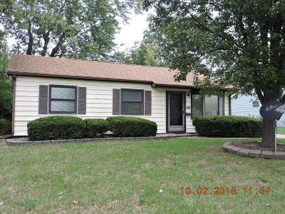 Single Family Home For Sale: 409 Dawn