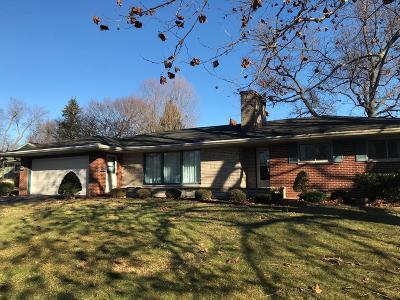 Single Family Home For Sale: 1639 Robinson Street