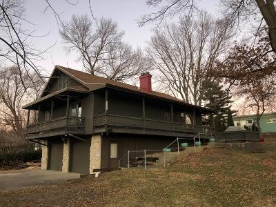 Single Family Home For Sale: 417 W Lake Terrace
