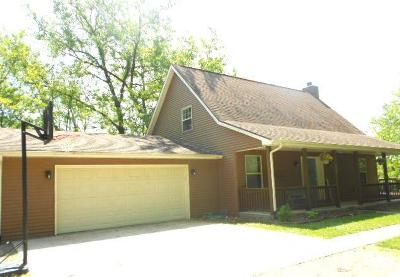 Oakwood Single Family Home For Sale: 235 W Autumn