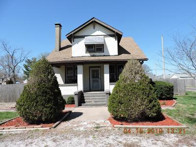 Vermilion County Single Family Home For Sale: 1211 Freeman