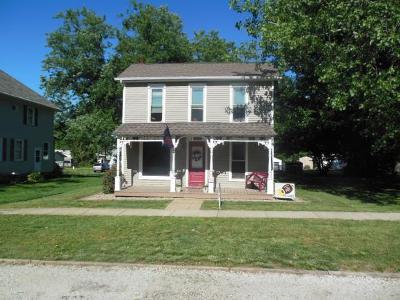 Maroa Single Family Home For Sale: 217 N Locust St