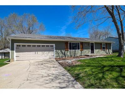 Mt. Zion Single Family Home For Sale: 720 N Whitetail Cir