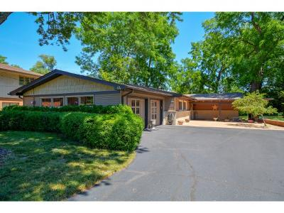 Decatur Single Family Home For Sale: 64 Eastmoreland Dr