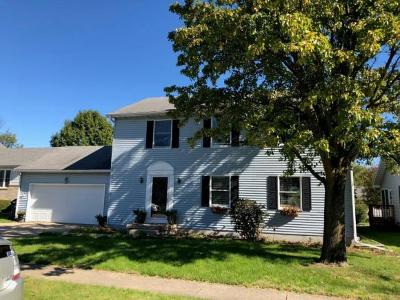 Decatur IL Single Family Home For Sale: $179,900