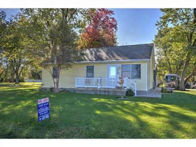 Decatur IL Single Family Home For Sale: $139,000