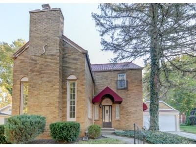 Decatur Single Family Home For Sale: 520 S Dennis