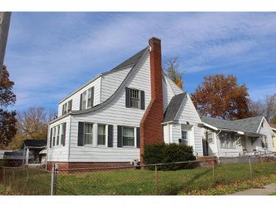Single Family Home For Sale: 775 S Oakland Ave