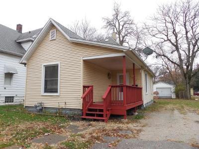 Decatur Single Family Home For Sale: 1637 E Prairie St