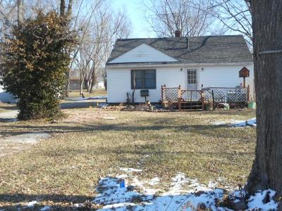 Decatur IL Single Family Home For Sale: $35,500