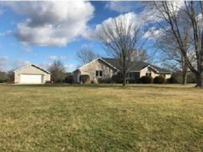 Mt. Zion Single Family Home For Sale: 1730 Brentwood Dr
