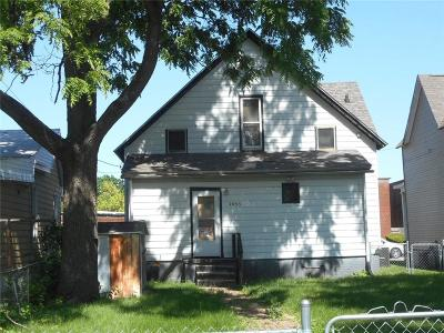 Single Family Home For Sale: 2035 Main Street