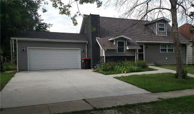 Single Family Home For Sale: 130 E Park Street