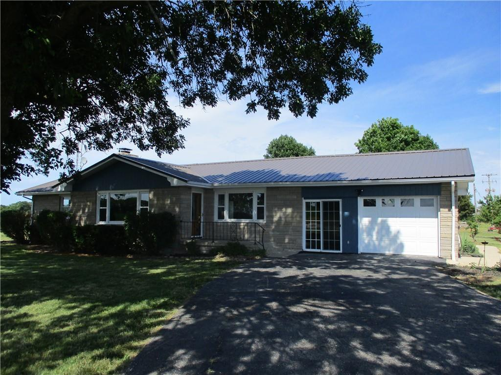 1901 E 1650 North Road, Shelbyville