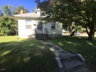Carbondale Single Family Home For Sale: 724 N Bridge St.