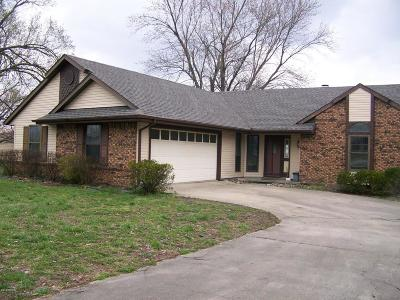 Carterville Single Family Home For Sale: 1009 Shawnee Trail