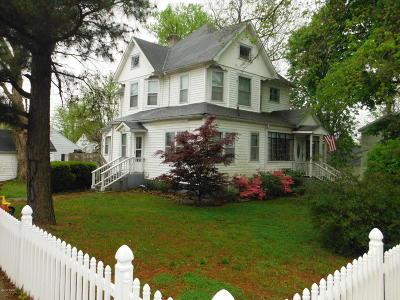 Jonesboro Single Family Home For Sale: 200 W Broad