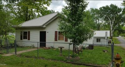 Benton Single Family Home For Sale: 801 N 8th Street