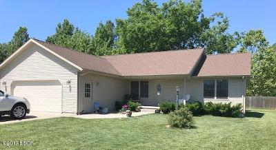 Herrin Single Family Home Active Contingent: 1611 Dolan