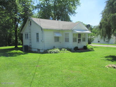 Single Family Home Active Contingent: 114 Williford