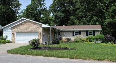 Carbondale Single Family Home For Sale: 210 Spring Arbor Dr.