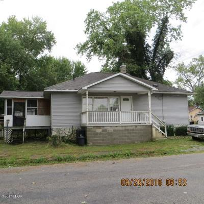 West Frankfort Single Family Home For Sale: 414 N Cochran