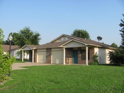 Herrin Multi Family Home For Sale: 1208 Montebello