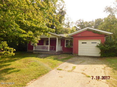 West Frankfort Single Family Home For Sale: 518 N Walnut