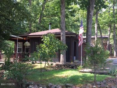 Creal Springs Single Family Home For Sale: 20 Thomas