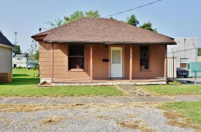 Metropolis Single Family Home For Sale: 306 W 11th Street