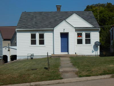 Chester IL Single Family Home For Sale: $49,900