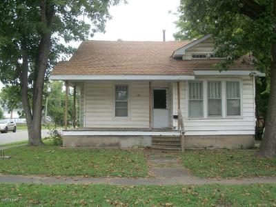 Harrisburg IL Single Family Home For Sale: $17,500