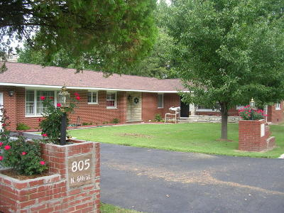 Johnson County Single Family Home For Sale: 805 N 6th Street