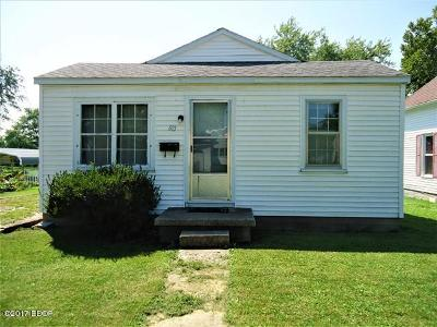 Herrin IL Single Family Home For Sale: $22,000