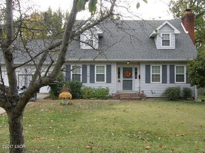 Marion Single Family Home For Sale: 813 Dogwood Court