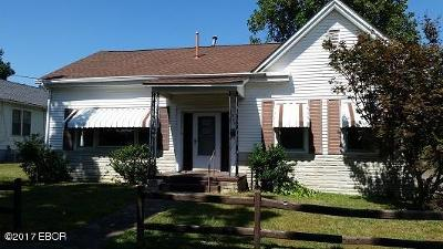 Metropolis Single Family Home For Sale: 307 E 7th
