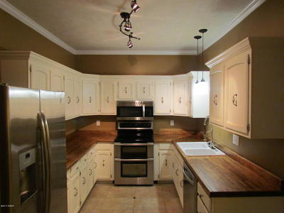 Marion IL Single Family Home For Sale: $119,900