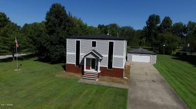West Frankfort Single Family Home For Sale: 10477 Country Club Road