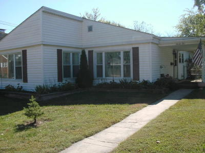 Saline County Single Family Home For Sale: 25 W Mable