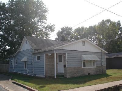 Benton Single Family Home For Sale: 530 E Burkett Street