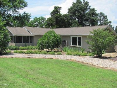 Marion IL Single Family Home For Sale: $198,000