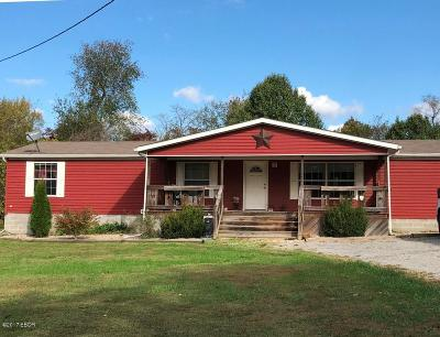 Marion Single Family Home For Sale: 16978 Log Cabin Road