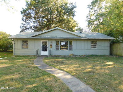 West Frankfort Single Family Home For Sale: 804 W St. Louis Street
